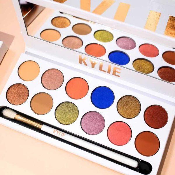 KYLIE Jenner - Palette de 12 couleurs - avec Brosse